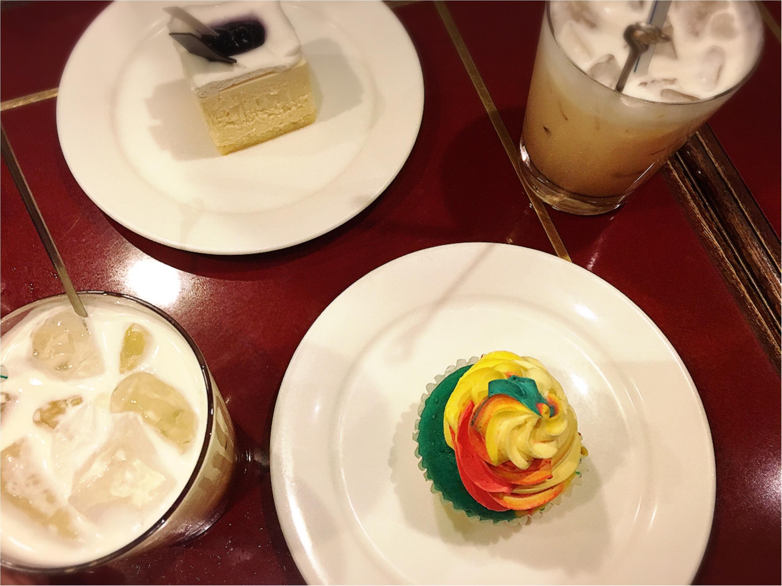 おいしい紅茶専門店でいただく…レインボーカップケーキがフォトジェニック⁉︎_5