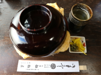 【京都】行列!創業明治の老舗店「きんし丼」を食べに行ってきました❤︎