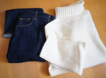《昨年完売続出❤️》した【GU】メンズのローゲージタートルネックセーターが今年も登場☻!