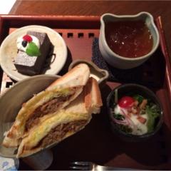食器が可愛い大阪カフェ(・㉨・)