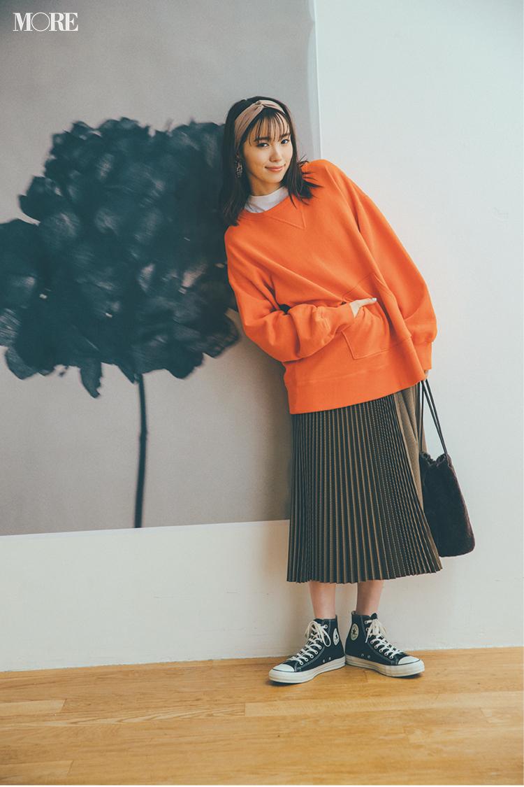 秋コーデ特集《2019年版》- トレンドのブラウンや人気のワンピース・スカートでつくる、20代におすすめのレディースコーデ_17