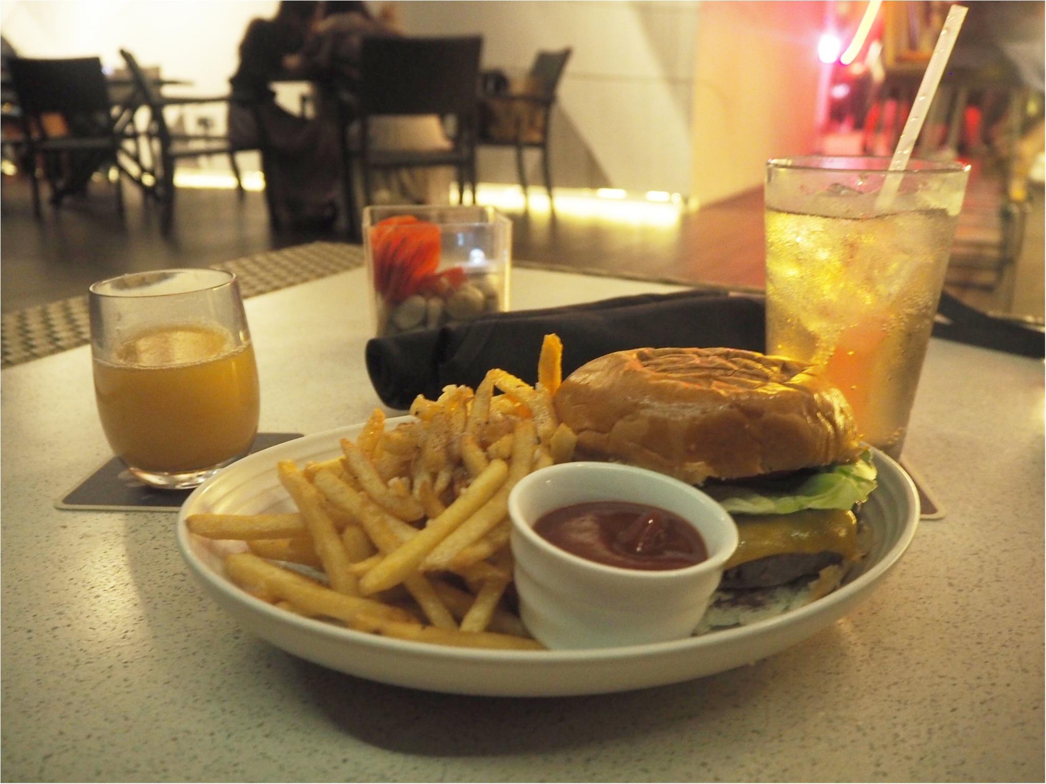 開放感あふれるテラスが魅力♡バーレストラン【SKY Waikiki】でディナー!毎週金曜のヒルトンの花火は見られるの?お答えします‼︎_4