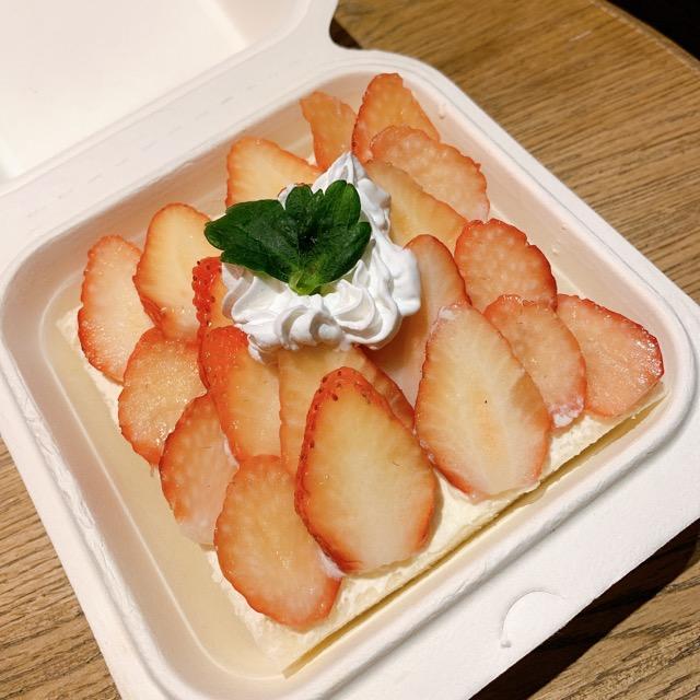 【みおしー遠征ログ❤︎大阪】イチゴを贅沢に!「マジマフルーツ」のオープンサンドが映えすぎ♡_3