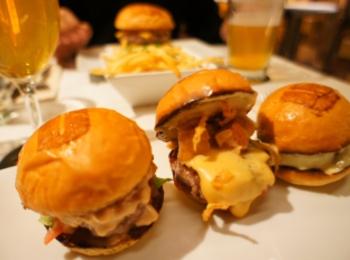 《ご当地MORE★東京》都内で絶品ハンバーガーを食べるならココ☝︎❤️青山【UMAMI BURGER】がおすすめ!☻