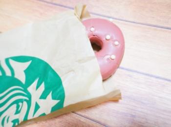 《レジ横foodに注目❤️》【スタバ】ベリーソースドーナツが美味しい☻!