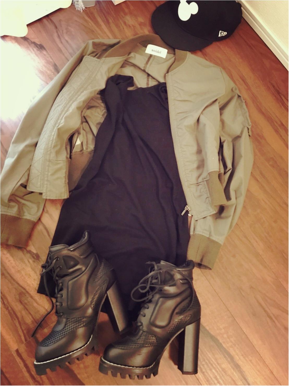 夏のお気に入りスタイル♡ゴツめな靴にはタイトな服で♡_2