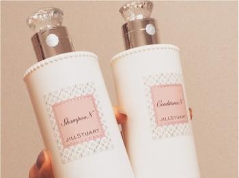 イイオンナはシャンプーの香りがする!♡最近お気に入りのJILL  STUARTのシャンプー&コンディショナー♡