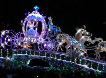【ディズニー・クリスマス】夜のパークの楽しみ方!クリスマスのオススメを紹介します!