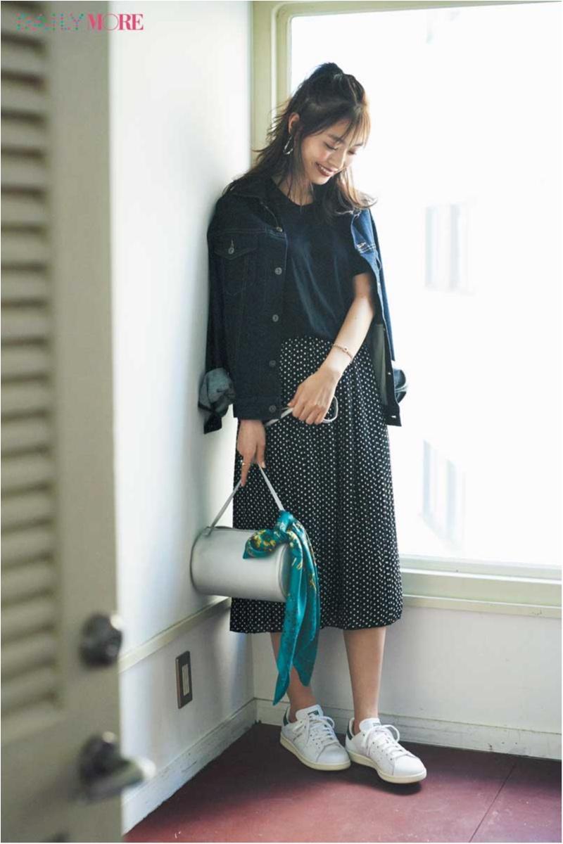 【今日のコーデ】甘いだけはもう卒業! 流行のドットスカートはカジュアルダウンするのがマイルール♡_1