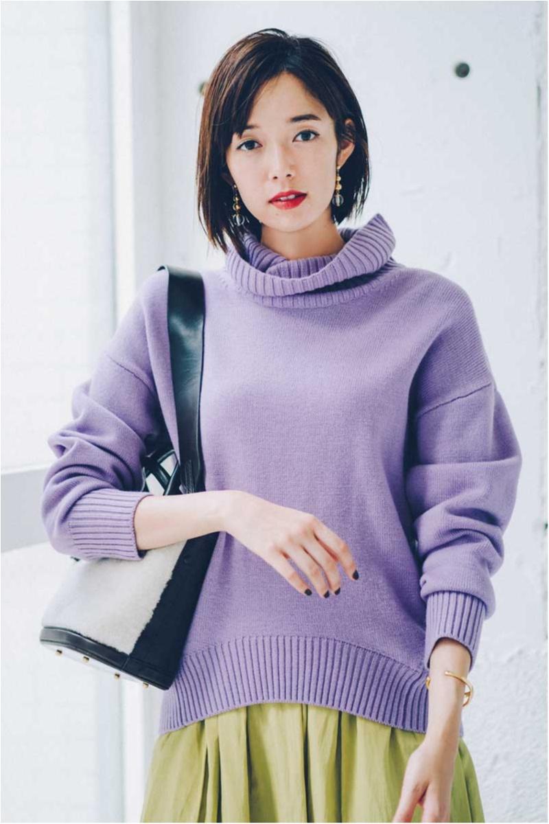 しーちゃんは淡い紫のニット