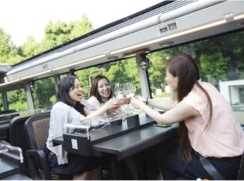 えっ? 今度の女子会はバス??  「東京レストランバス」で、非日常とグルメを堪能しましょ♪