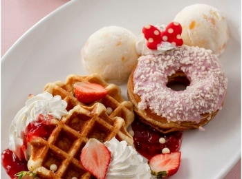 ミニーの限定スイーツ♡ 『東京ディズニーランド』の新プログラム「ベリー・ベリー・ミニー!」の、可愛すぎるおすすめフード6選