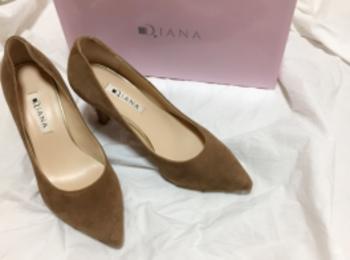 華奢美脚に見せてくれるのはやっぱり【DIANA】のパンプス♡