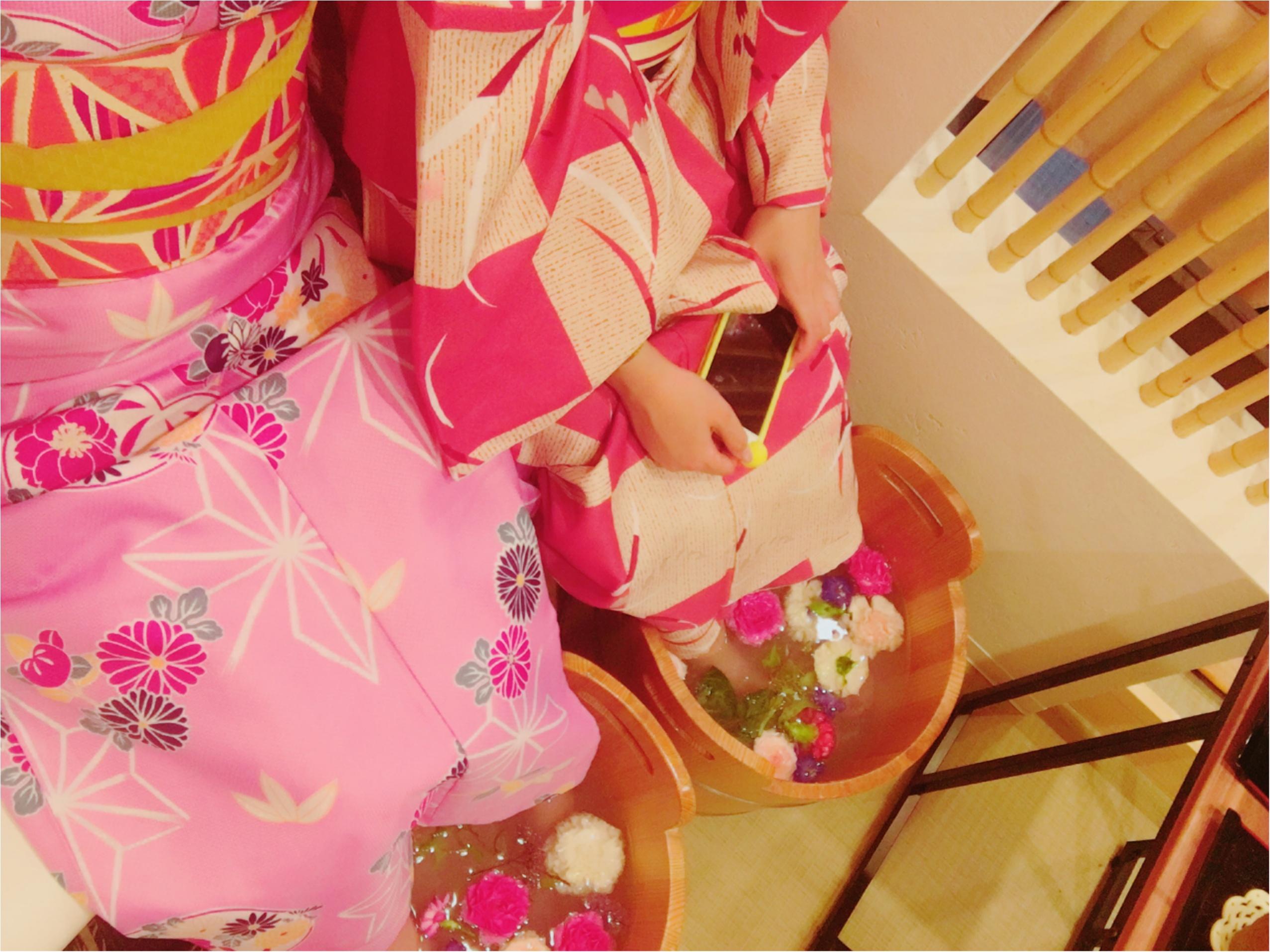 京都・嵐山のNEWスポット!カラフルでかわいい『お花の足湯』に癒されて_4