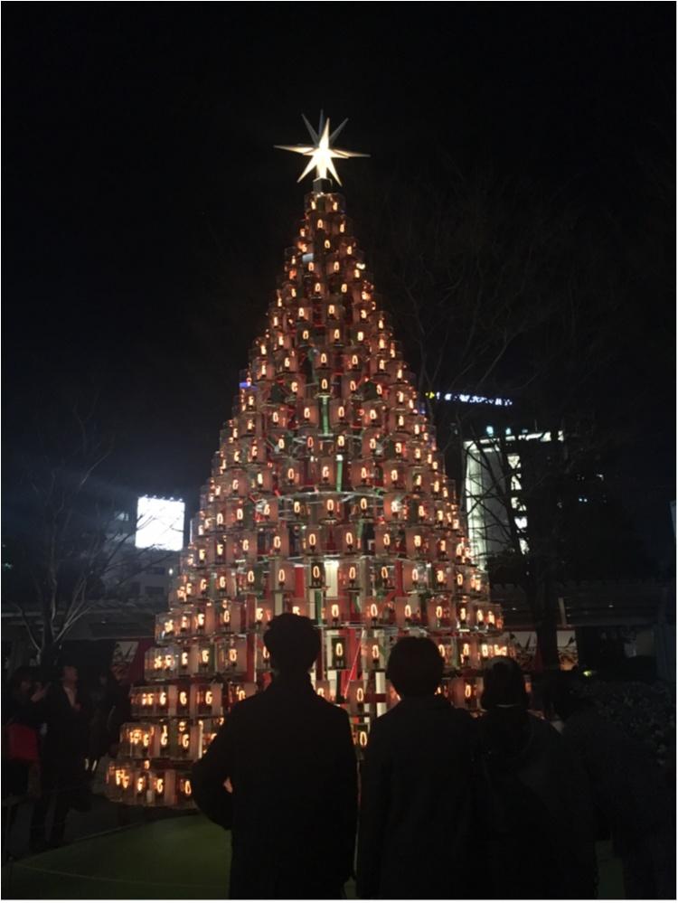 【クリスマスまであと7日!】クリスマスツリーでカウントダウン☆ ゆらゆらゆれる♡キャンドルみたいなランプツリー@六本木ヒルズ♡_1