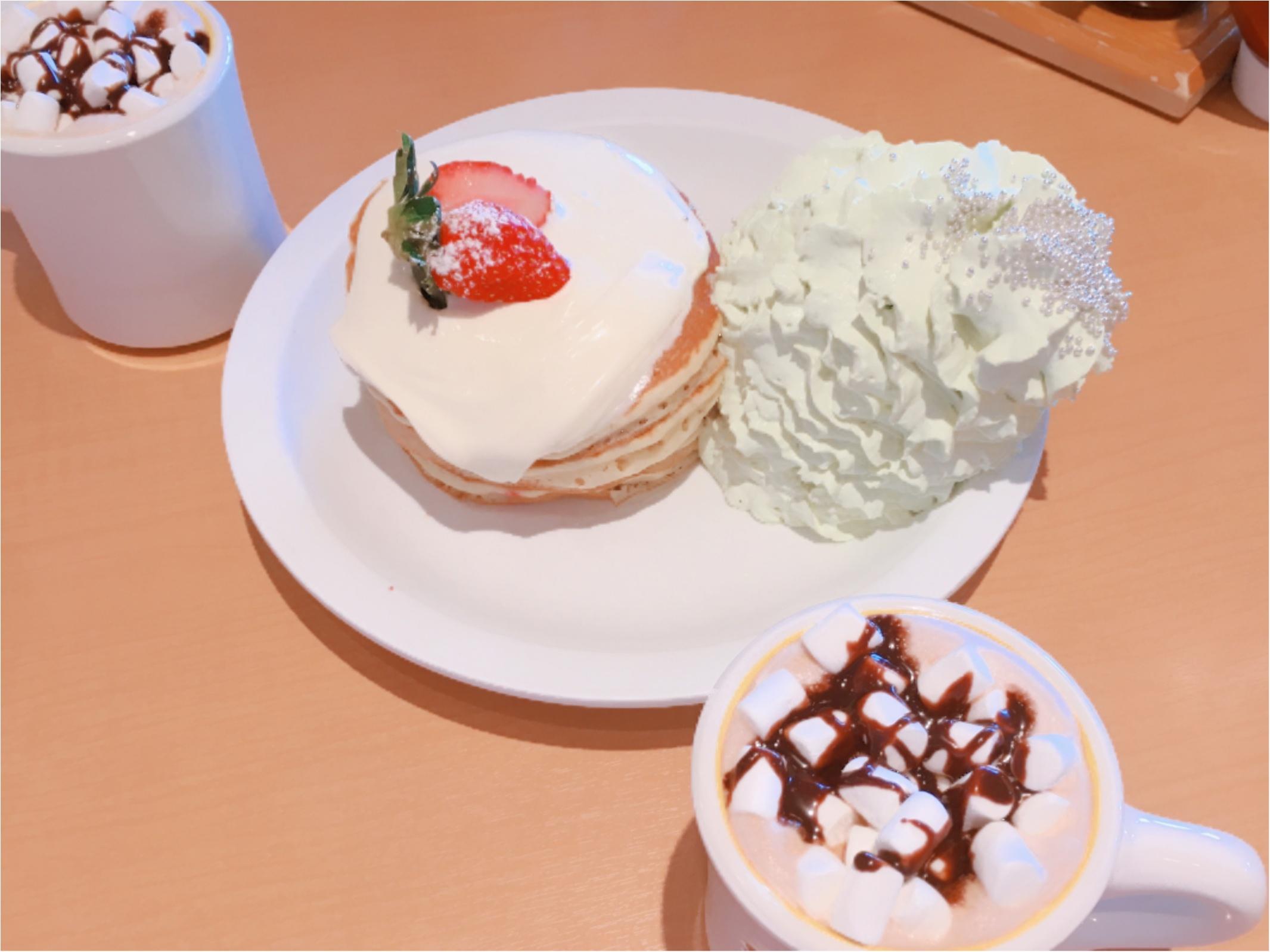 【Eggs'n Things(エッグスンシングス)】クリスマス限定パンケーキはツリーも一緒♡_1