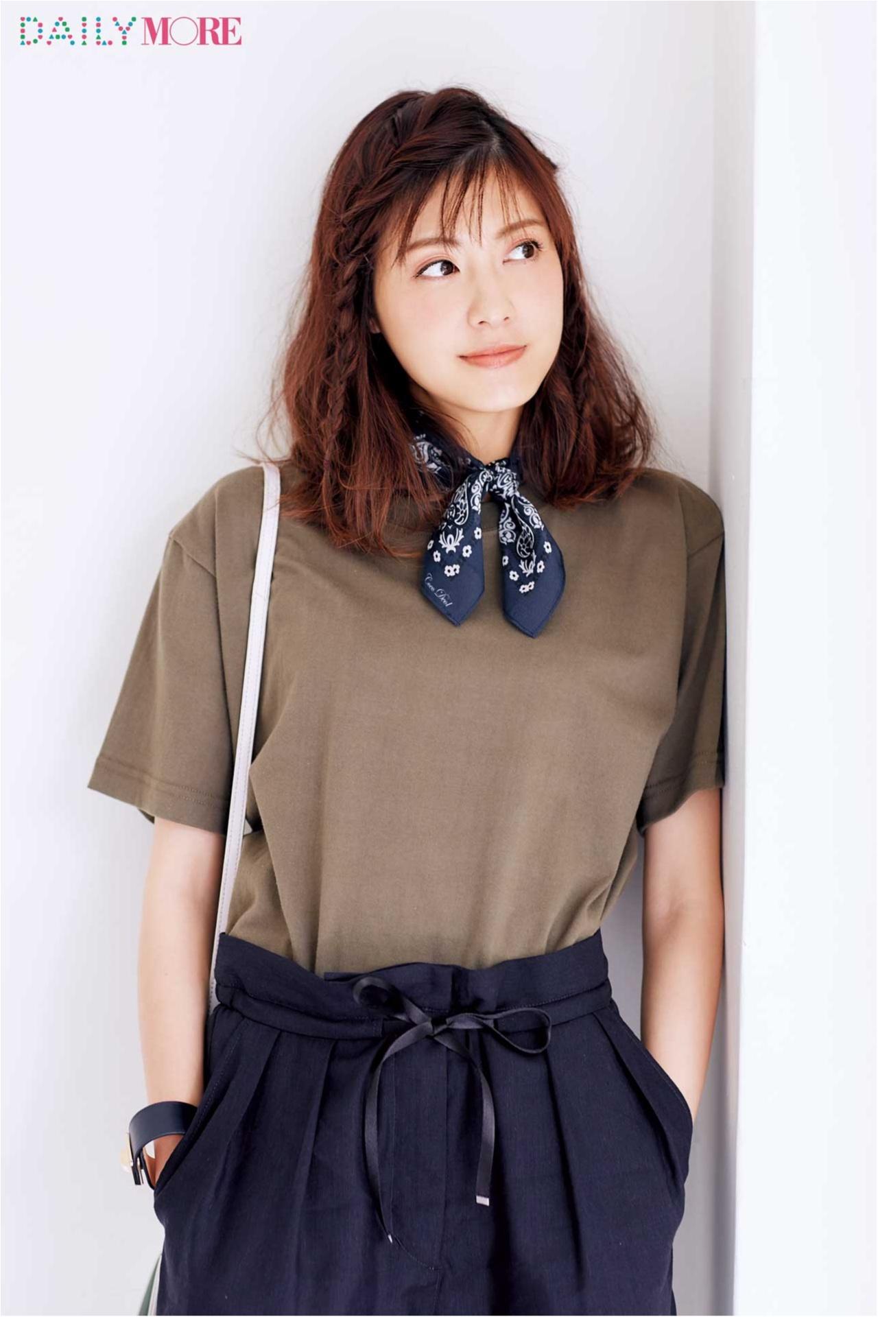 お仕事Tシャツは、なじませ編みで! 佐藤ありさの「Tシャツヘアアレンジ」_1