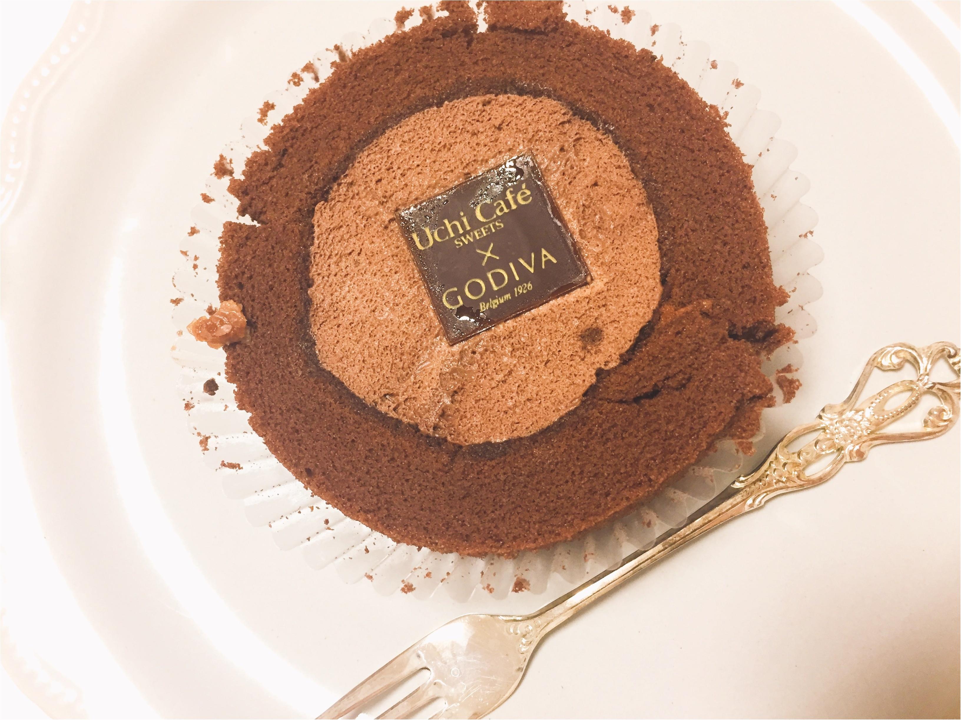 数量限定!ローソンとGODIVAコラボのショコラロールケーキは食べるしかない!!_2