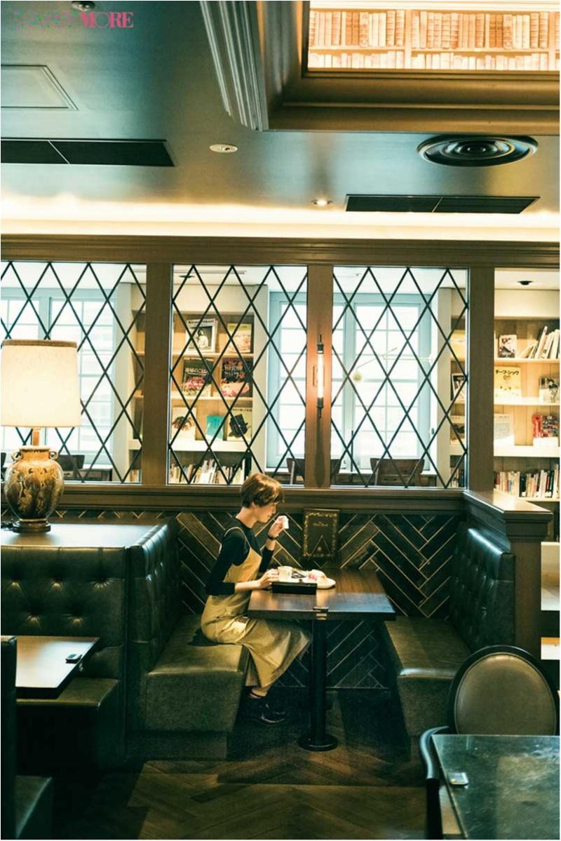 読書の秋ですね♡ 佐藤栞里が「話題の本屋カフェ」にGO!【栞里のちょっと行ってみ!?】_1