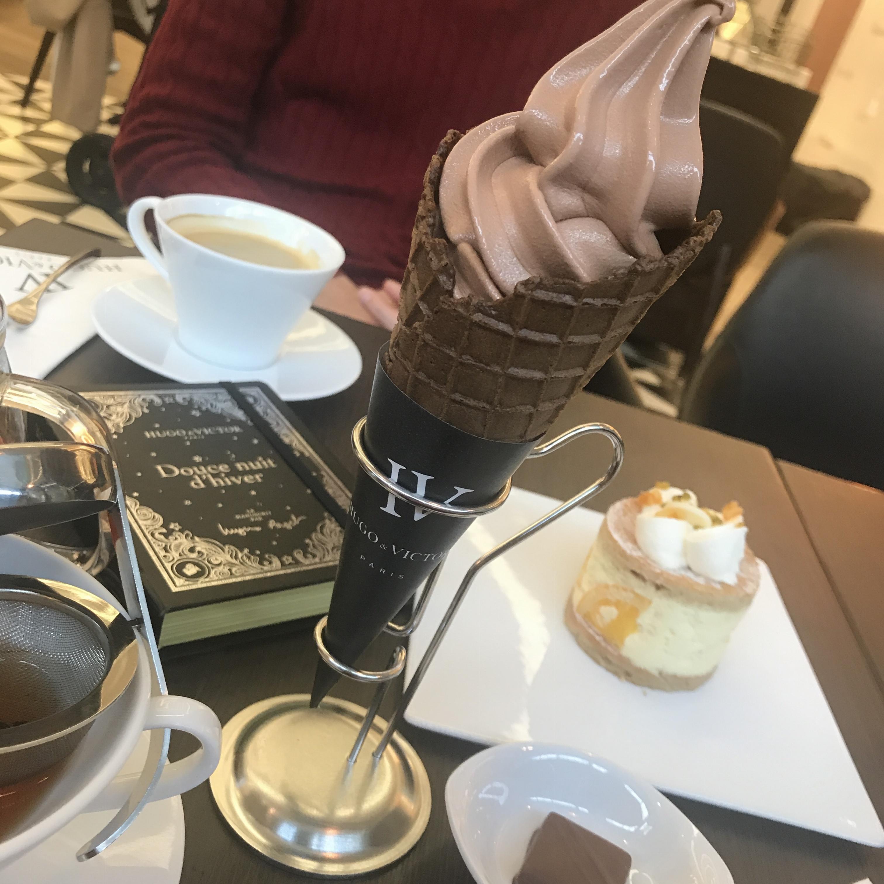 【Hugo & Victor】チョコレートショップ and カフェ in表参道ヒルズ_2