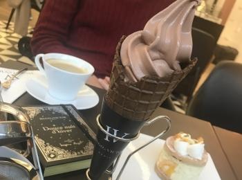 【Hugo & Victor】チョコレートショップ and カフェ in表参道ヒルズ