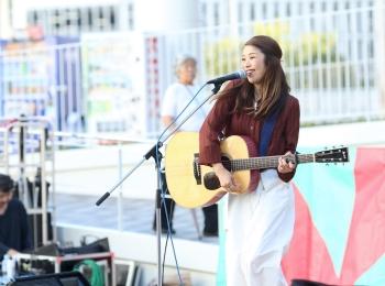 【そろそろ 秋服】シンガーソングライターうたうゆきこのLive photo【ファッション】