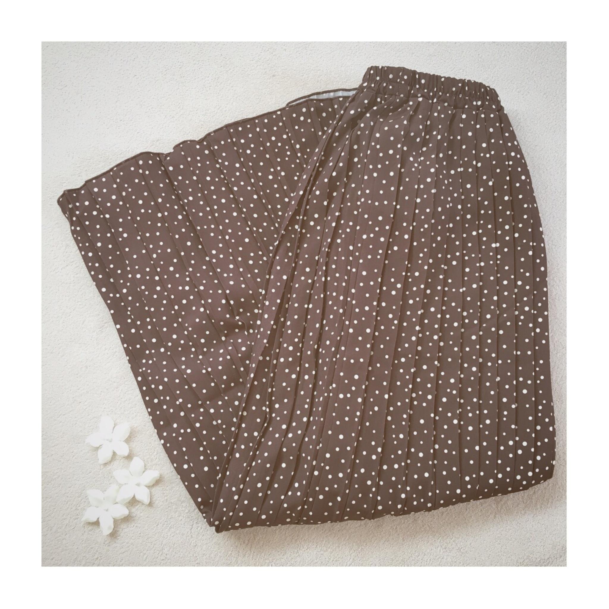 《今買って秋まで使える》優秀アイテム!【Te chichi(テチチ)】のドットプリーツスカートをSALE価格まさかの¥1,600以下でゲット✌︎❤️_1