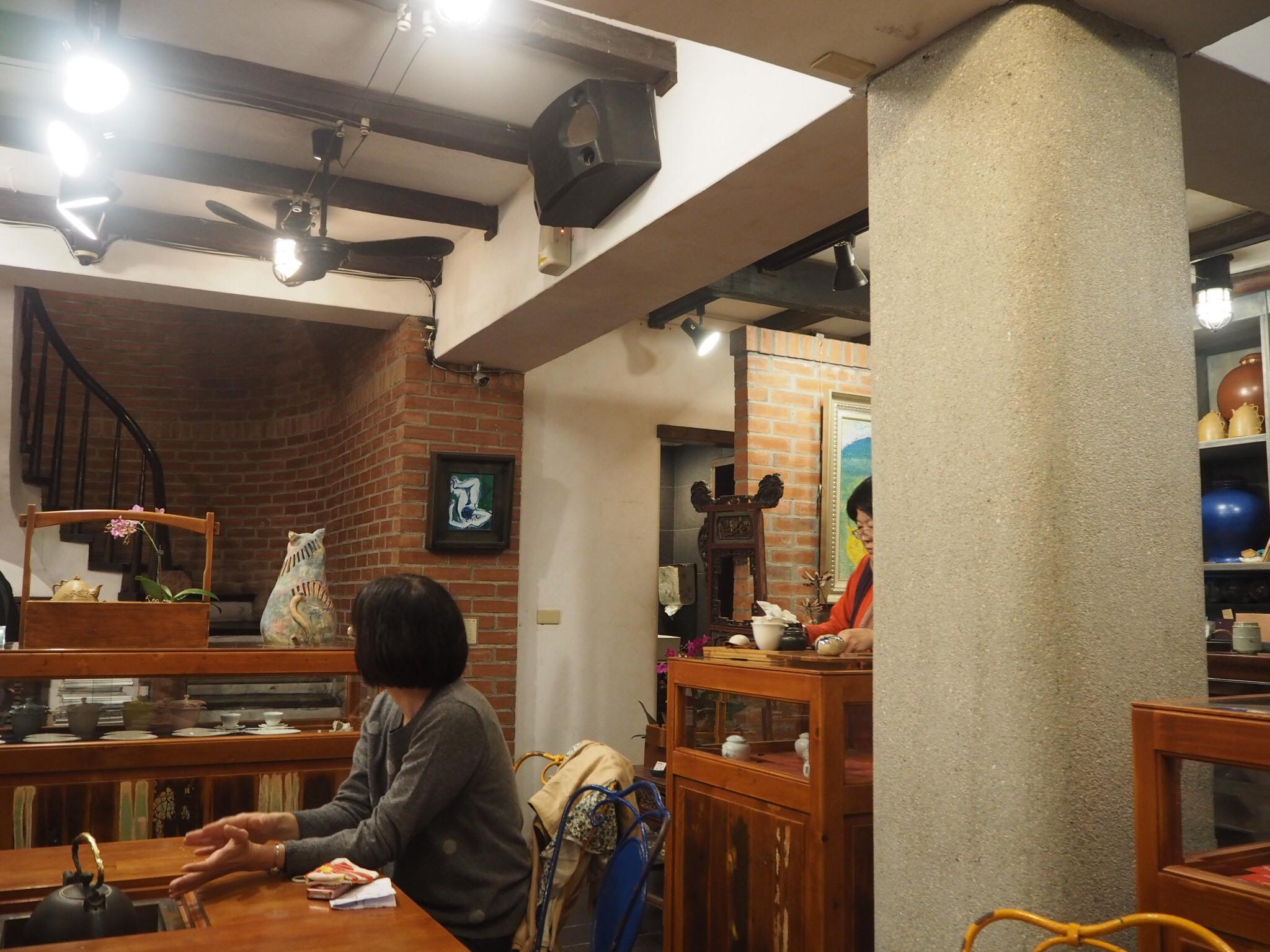 《台湾女子旅》大晦日は十分で天燈上げ+嵐の夜の九份でお茶会_6