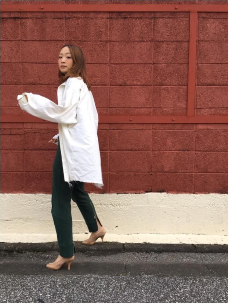 """ニット""""マンネリ""""の解消に♪ 秋冬コーデの鮮度を上げる「シャツ」の着こなしまとめ♡_1_15"""