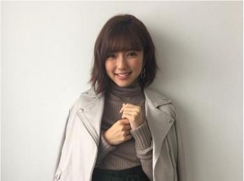 女優・真野恵里菜さんの笑顔がかわいすぎる♡【MORE12月号 撮影オフショット】