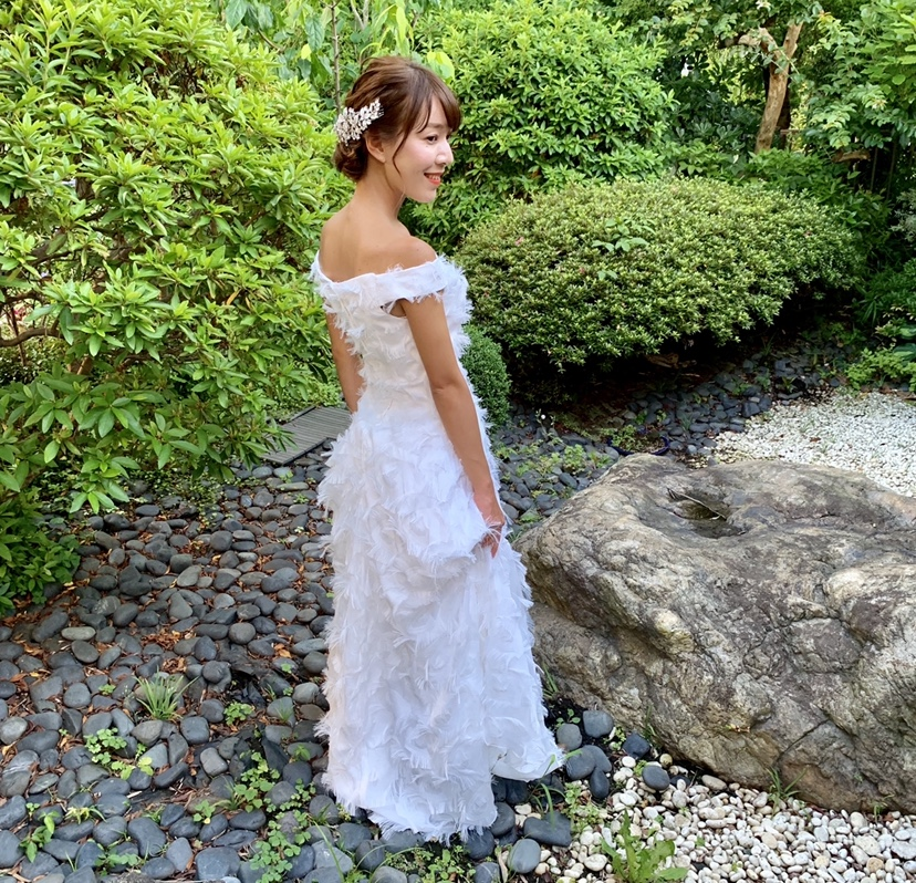 卒花さんに聞く【ドレス特集】-  結婚式・二次会におすすめ! プレ花嫁さんに人気のおしゃれなウェディングドレスは?_14