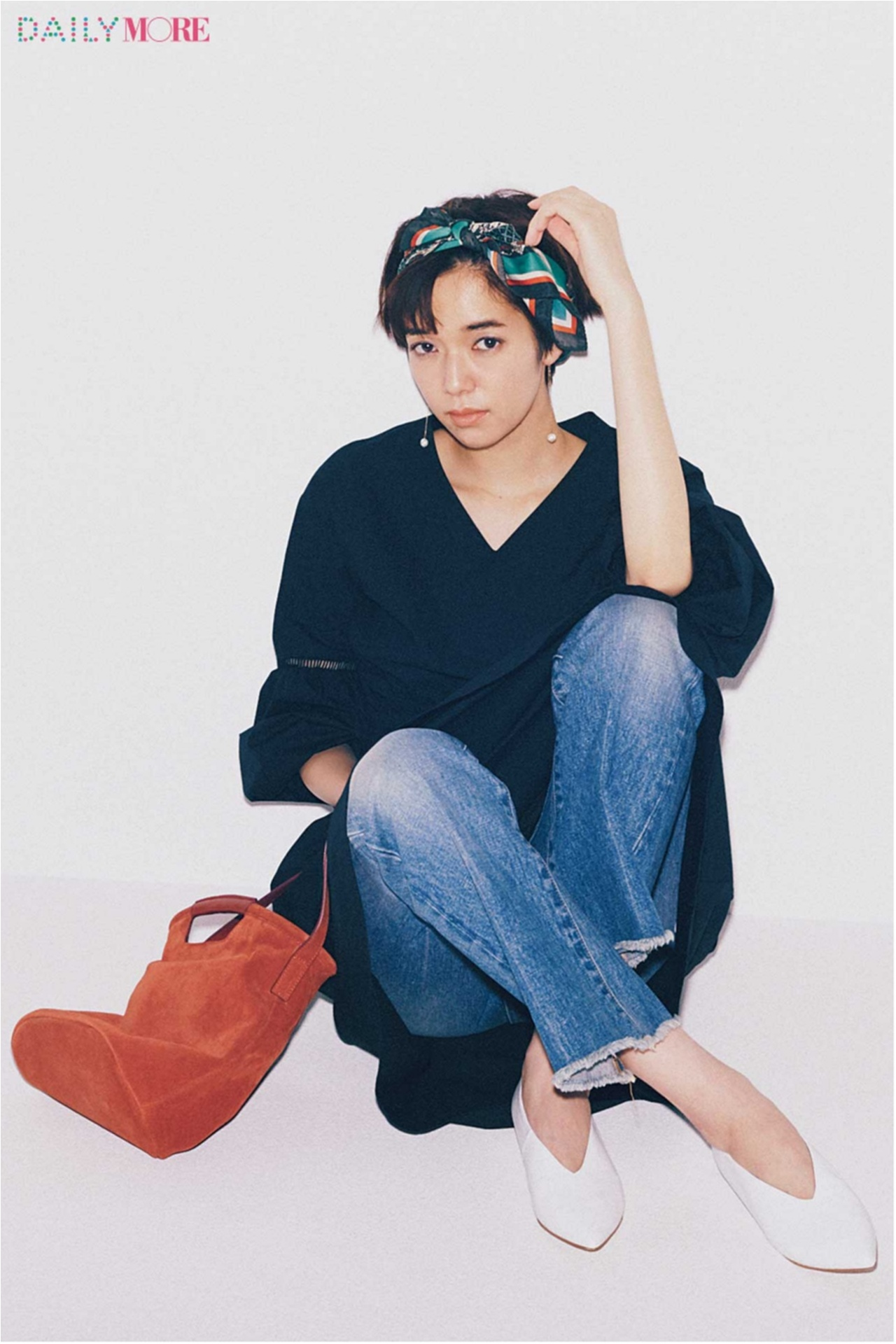 「スタイリスト辻村さんのオススメバッグ」「カンカン帽」「白のさし色」など、もっとおしゃれになれるアイデア記事がヒット☆ 今週のファッション人気ランキングトップ3!_1_1