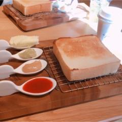 《ご当地モア❤︎大阪/神戸(兵庫)》おいしいトーストが食べたい!関西カフェ3選