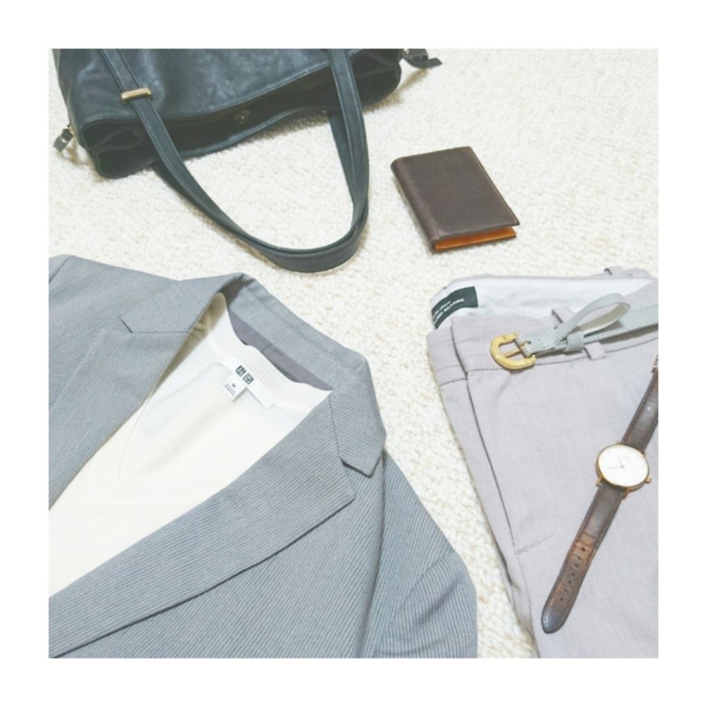 【ファッション】プチプラが嬉しい♪ONからOFFまで着回し力抜群!UNIQLO (ユニクロ)『エクストラファインメリノ Vネックセーター』_2