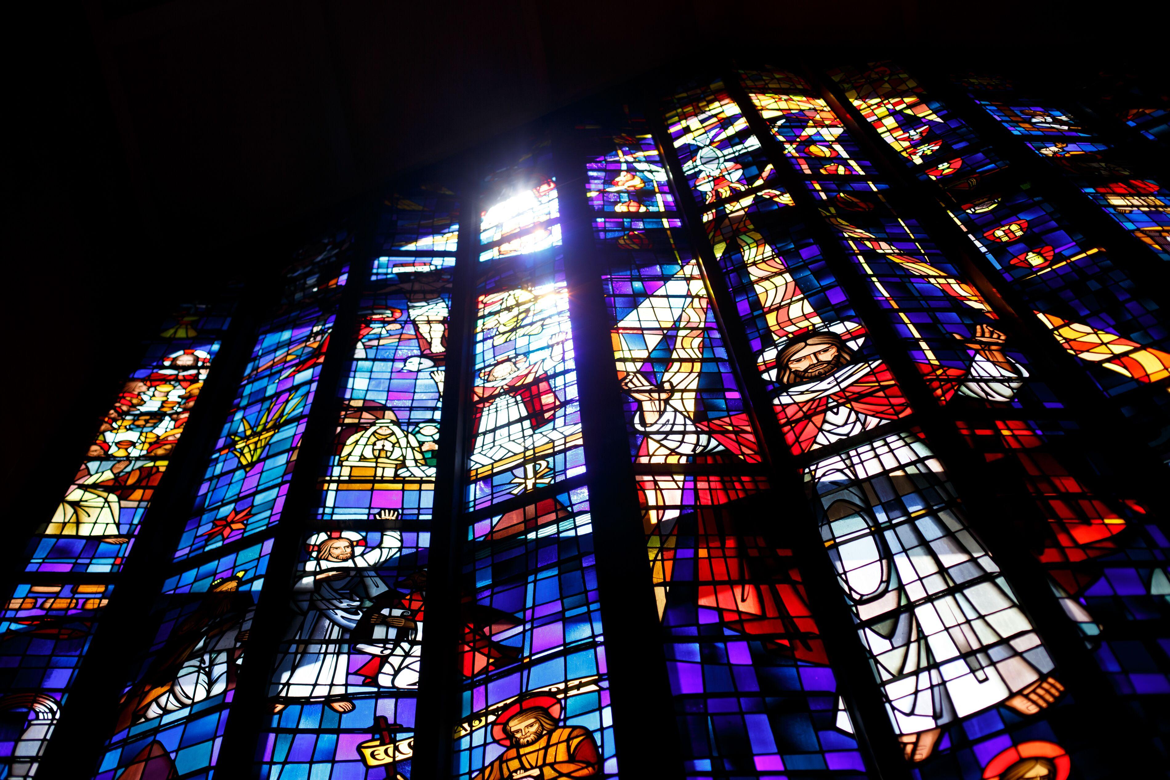 【ハワイ挙式】幻想的なステンドグラスが魅力的!セントアンドリュース大聖堂にて結婚式を挙げました♡♡_10