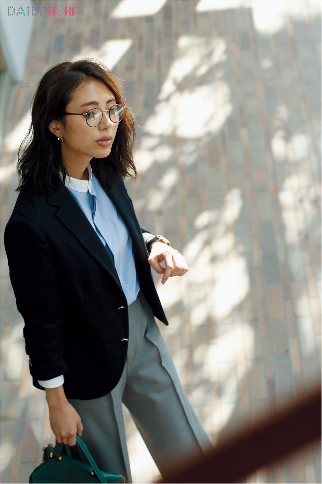 秋、お仕事服に異変あり! 3枚の【ジャケット】を、はおった人から素敵になれる。_1_2