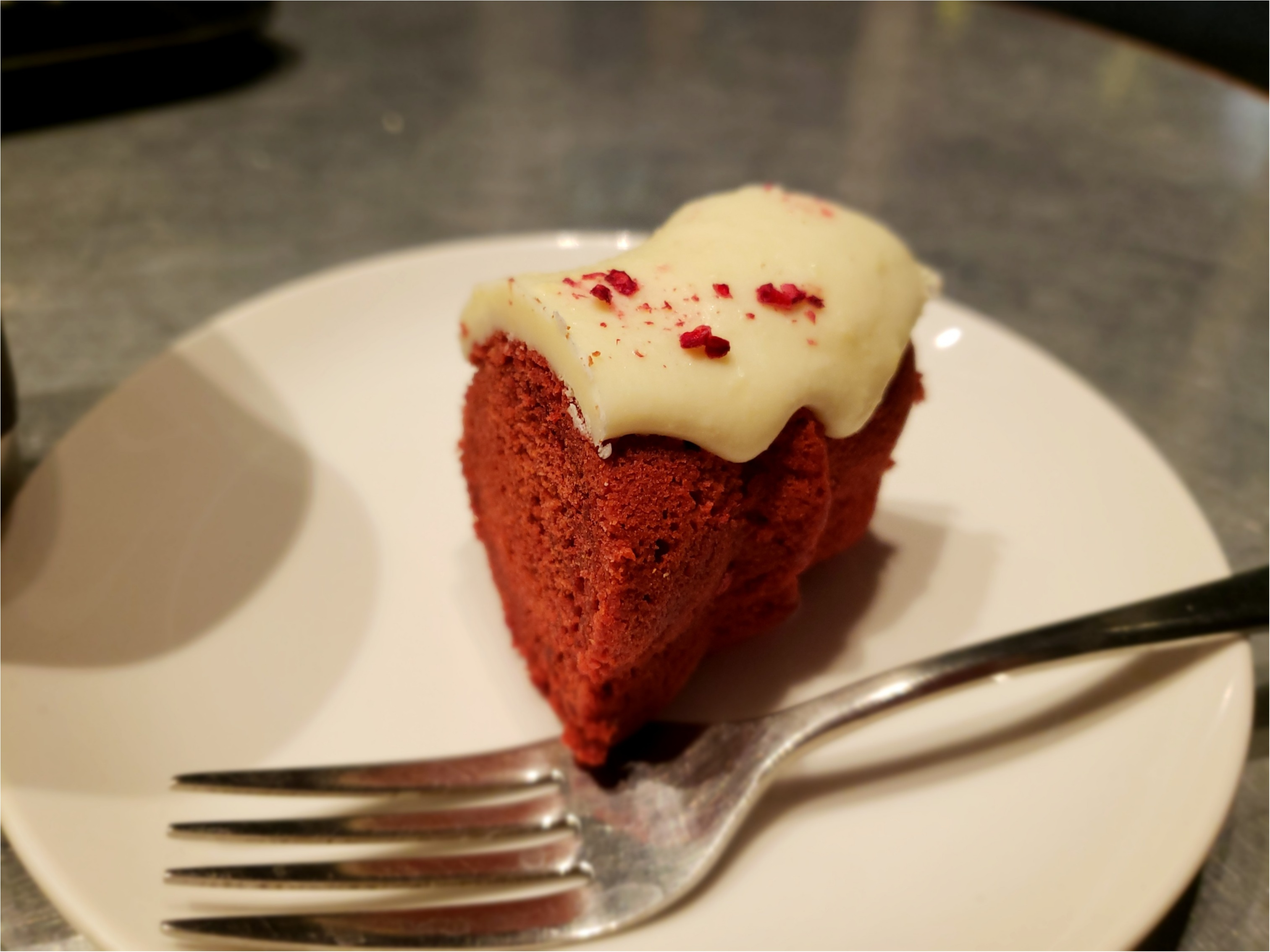 【DEAN&DELUCA】真っ赤なかわいいホリデーケーキ♡_3