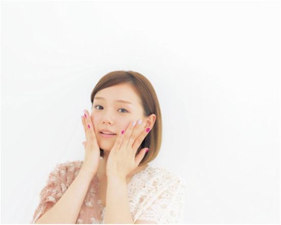 ふわふわの肌をキープする方法♡ 篠崎愛さんの「やわ肌テク」は、角質ケア&全身保湿にあり!_3