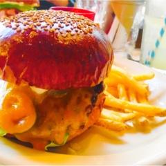 ☺︎♡表参道のハンバーガーやさん!味も見た目も内装もおしゃれアメリカンきらで旅行気分♡