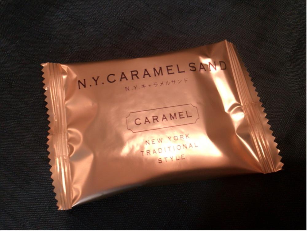行列が出来るお店♡ニューヨークキャラメルサンドを食べてみた♡_2