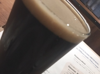 【美味しいクラフトビール】を飲むならココ!!ひとりでも、大勢でも楽しめるお店です♡