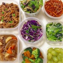 MORE7月号掲載サラダレシピフル活用!1週間の常備菜とお弁当***さっこ