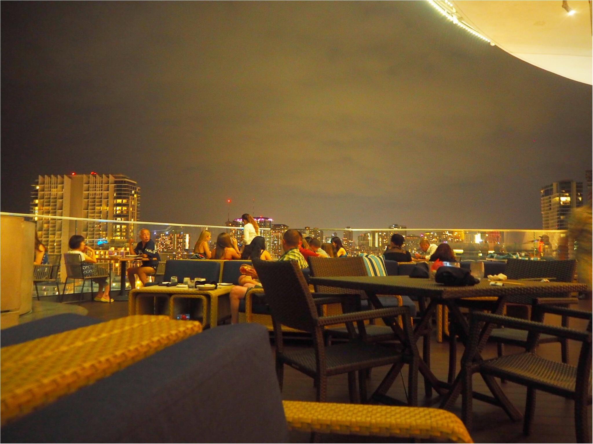 開放感あふれるテラスが魅力♡バーレストラン【SKY Waikiki】でディナー!毎週金曜のヒルトンの花火は見られるの?お答えします‼︎_1