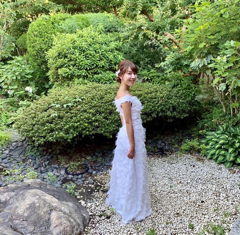 卒花さんに聞く【ドレス特集】-  結婚式・二次会におすすめ! プレ花嫁さんに人気のおしゃれなウェディングドレスは?_13