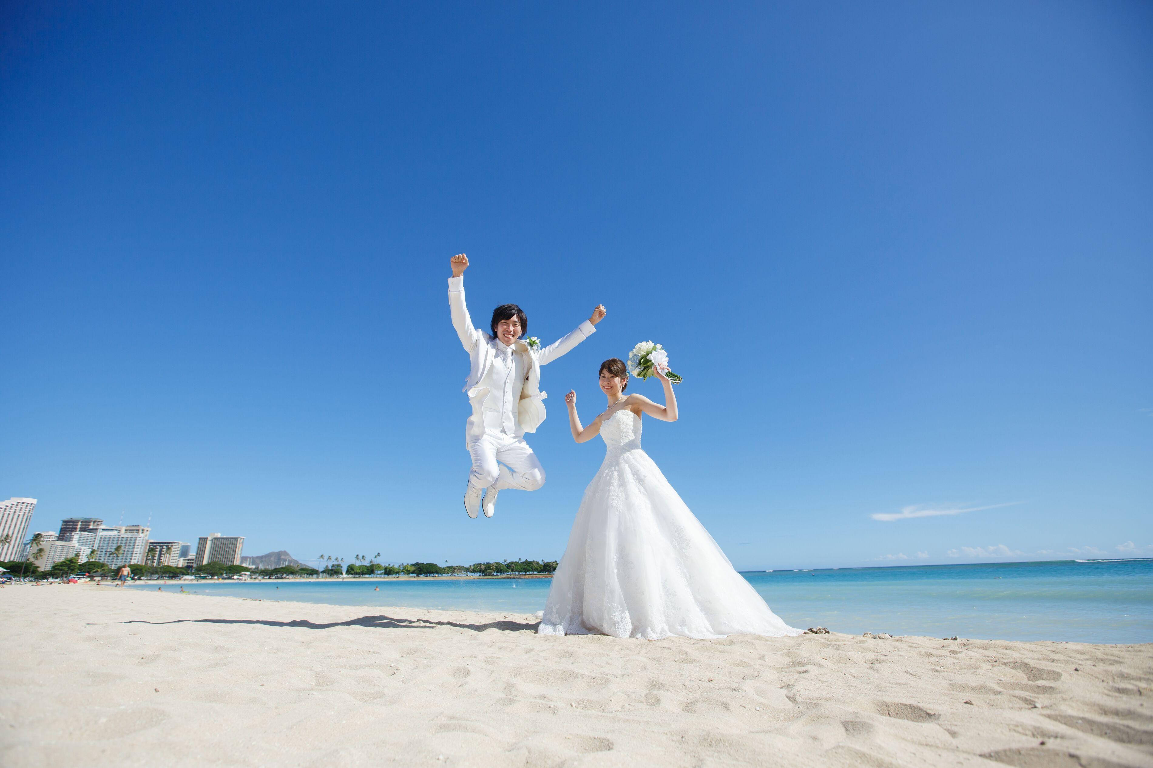 【ハワイ挙式】幻想的なステンドグラスが魅力的!セントアンドリュース大聖堂にて結婚式を挙げました♡♡_6