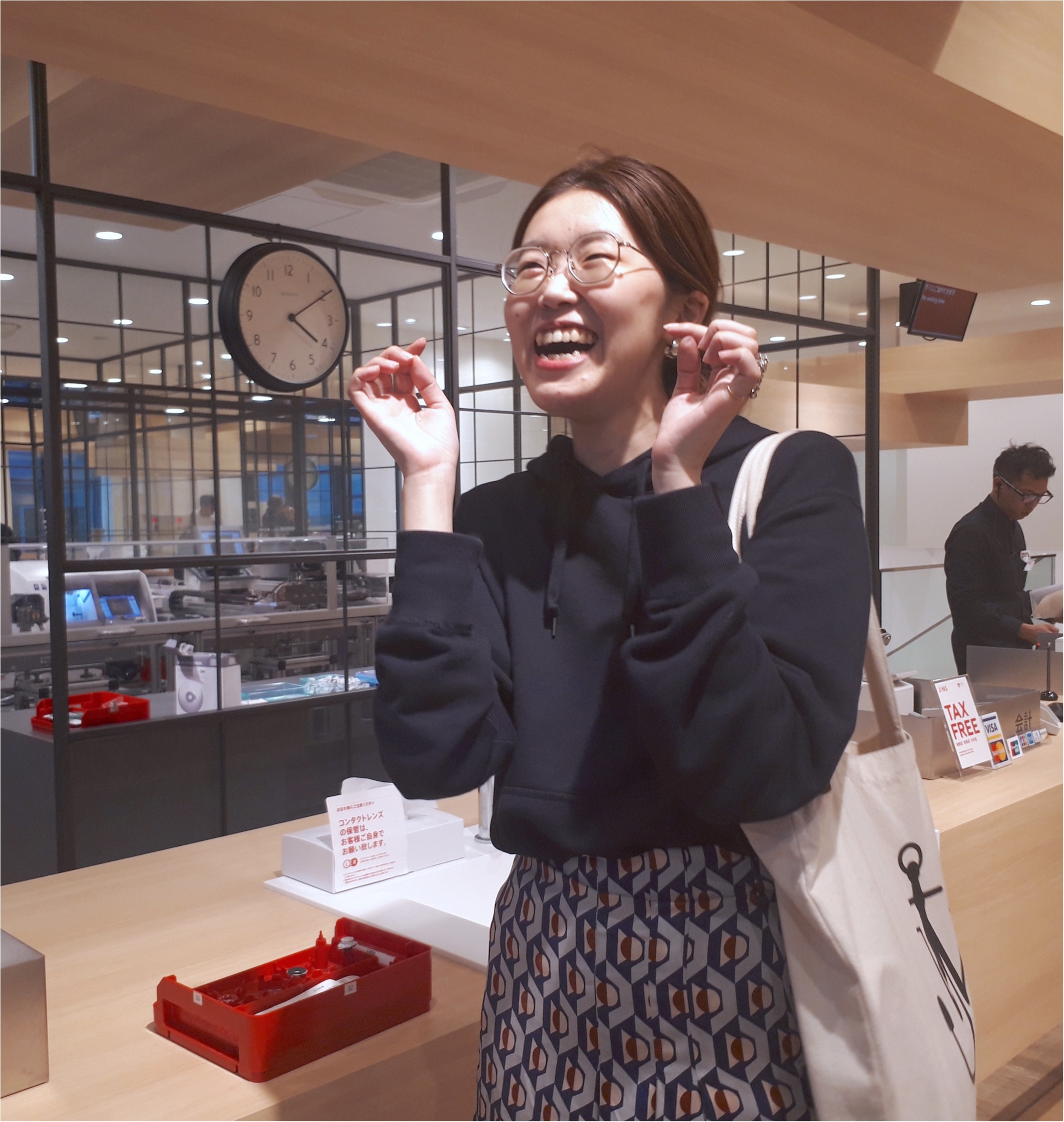 ライターみかりんが『JINS』でガチのメガネ選び! 自分にいちばん似合うメガネに出合った♡_3_6
