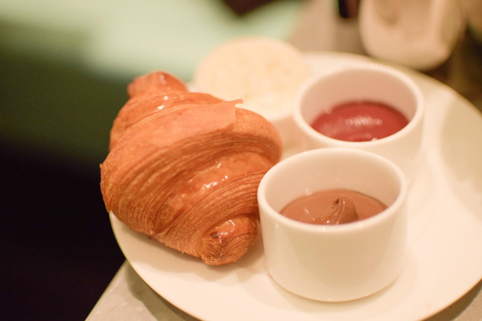 【NY】5番街で「ティファニーで朝食を」実際に食べれる!?The Blue Box Cafe【Tiffany】_8
