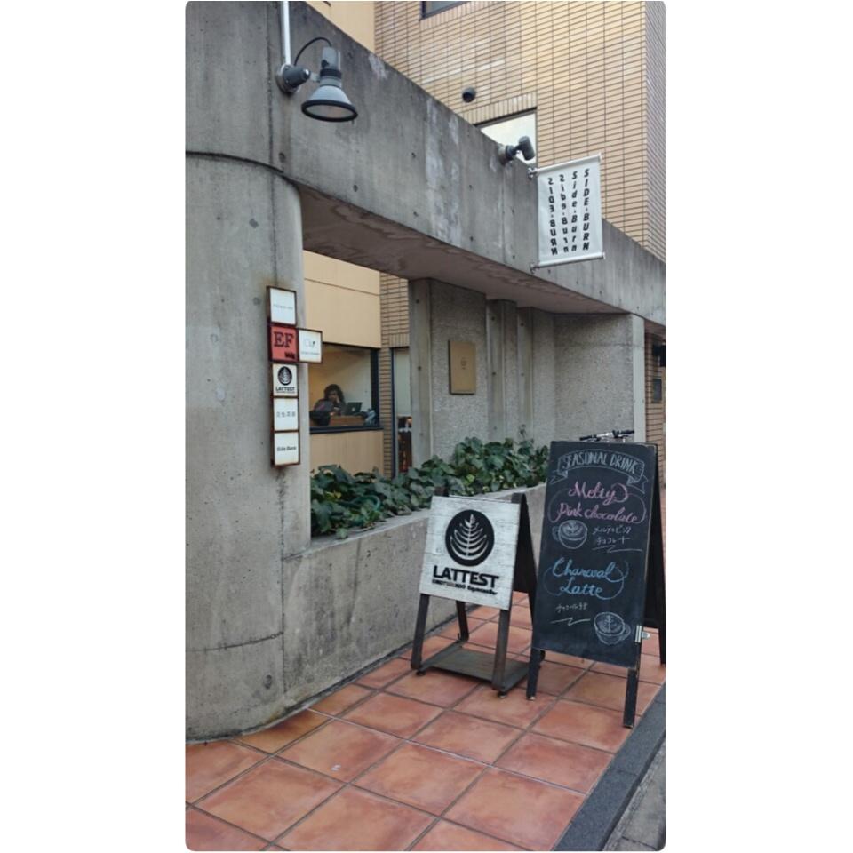〈本当は内緒にしたい...!!〉カフェラテが美味しい都内のお気に入りカフェ。_1