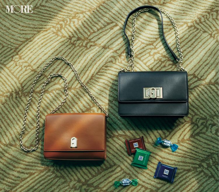 ニットに似合う、でバッグを決める。『フルラ』のショルダーバッグの色と素材と柄が可愛い!_3