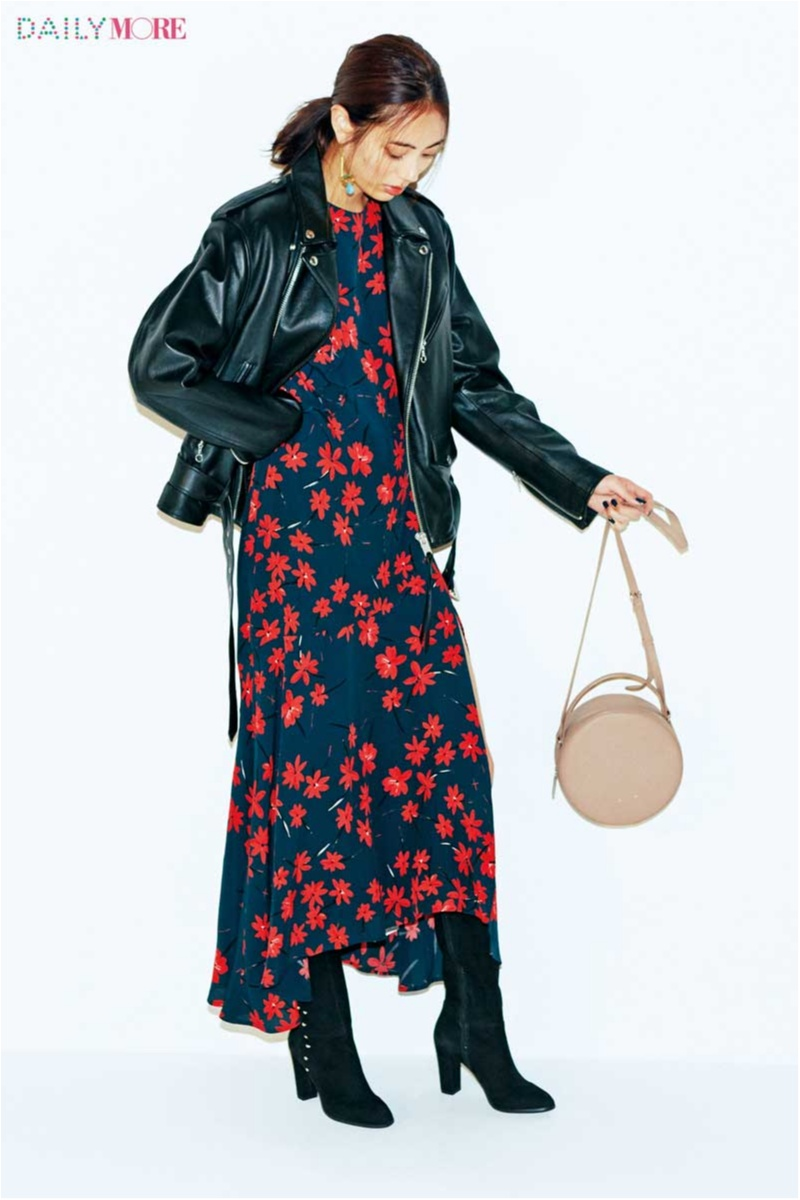 【今日のコーデ/土屋巴瑞季】インパクト大の花柄ワンピが着たい日は、男前なライダージャケットが相棒。_1
